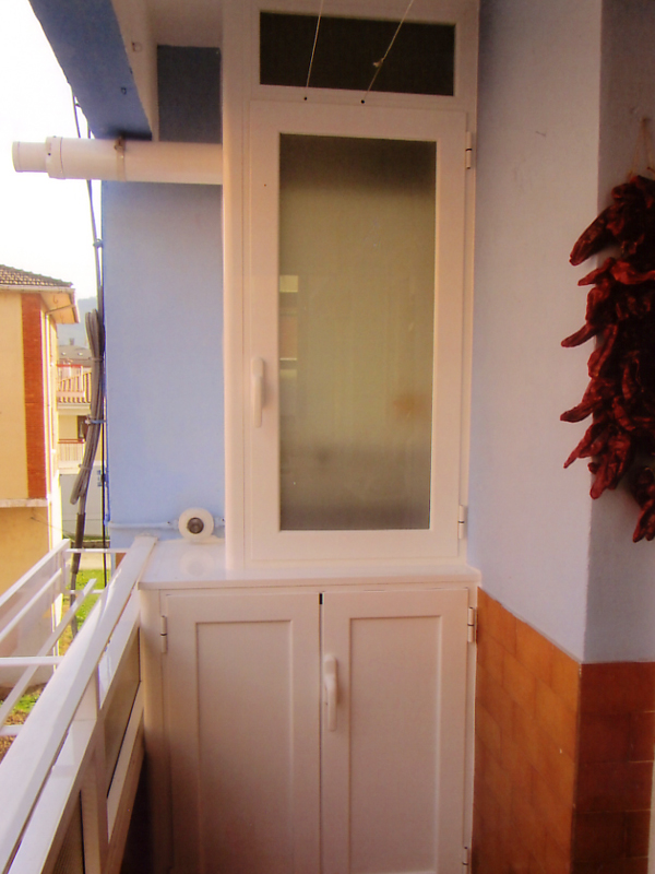 Armario para caldera exterior free com armario calentador casa y jardn armario calentador with - Armario exterior caldera gas ...