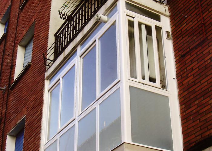 Cerramientos de balcones carpinteria metalica urbi s l - Cerramiento de balcon ...